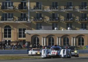 12h Sebring 2013 Audi R18 e-tron quattro #1 (Audi Sport Team Joest)