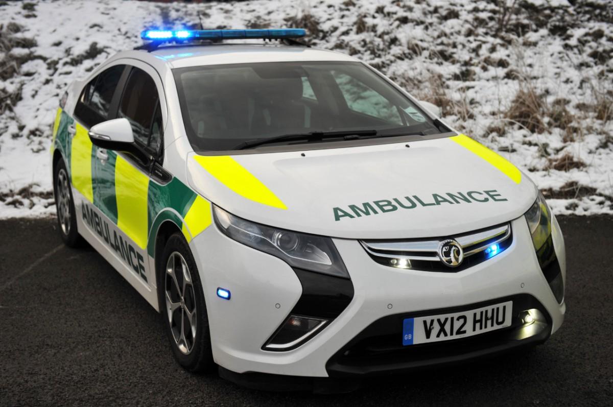 Vauxhall Ampera ambulanza