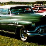 Buick_Roadmaster_2-Dorrars_HT_1951
