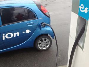 Peugeot iOn - photo credit: Elbilforeningen via photopin cc