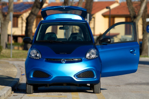 iCar0 - Credit: GreenGo
