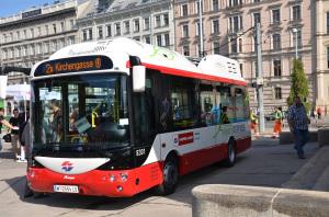 Uno degli autobus elettrici Rampini in servizio a Vienna