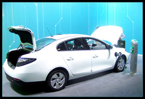 photo credit: Renaut Fluence Z.E. @ Istanbul Auto Show 2012 via photopin (license)
