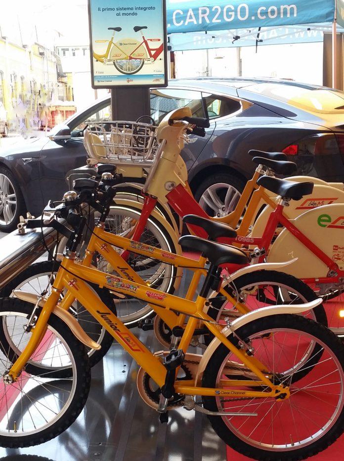 Milano e bike sharing s ma con seggiolino veicoli for Mobile milano bike sharing