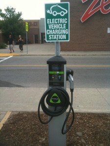 colonnina di ricarica Chargepoint negli USA, onecog2many under CC