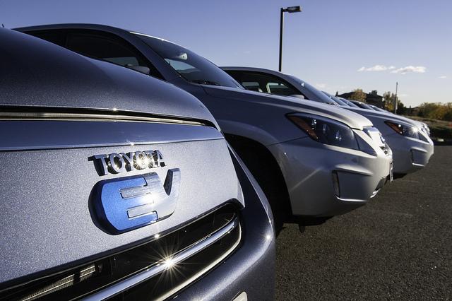 Toyota auto elettriche