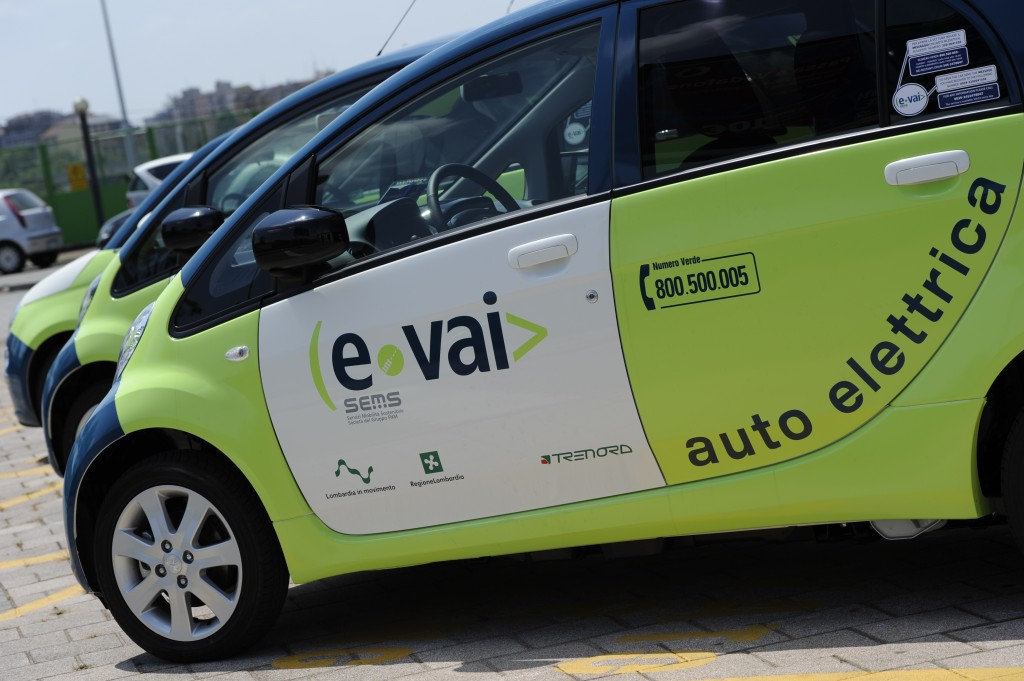 Inaugurata a tradate una nuova postazione di car sharing for Fiorina forniture elettriche