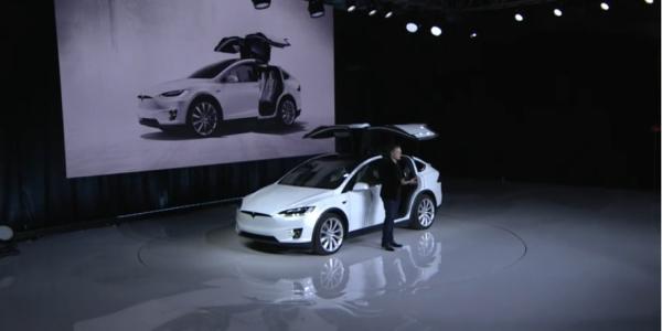Tesla Model X, la presentazione di Elon Musk – Credit TeslaMotors – 2
