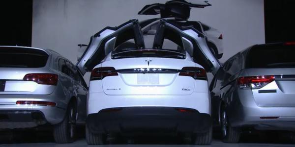 Tesla Model X, la presentazione di Elon Musk – Credit TeslaMotors – 5