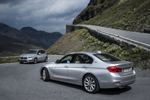 bmw-225xe-and-330e-1