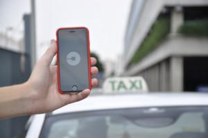 photo credit: Uber e táxis em São Paulo via photopin (license)